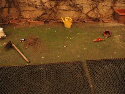 .... τα ευρήματα ....ή η σκηνή του εγλήματος στην πίσω αυλή
